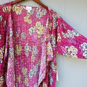 Lularoe Shirley NWT Pansy Floral Pleated Small